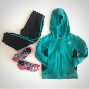 Girls soccer set-10 cleats & 3t Adidas track suit